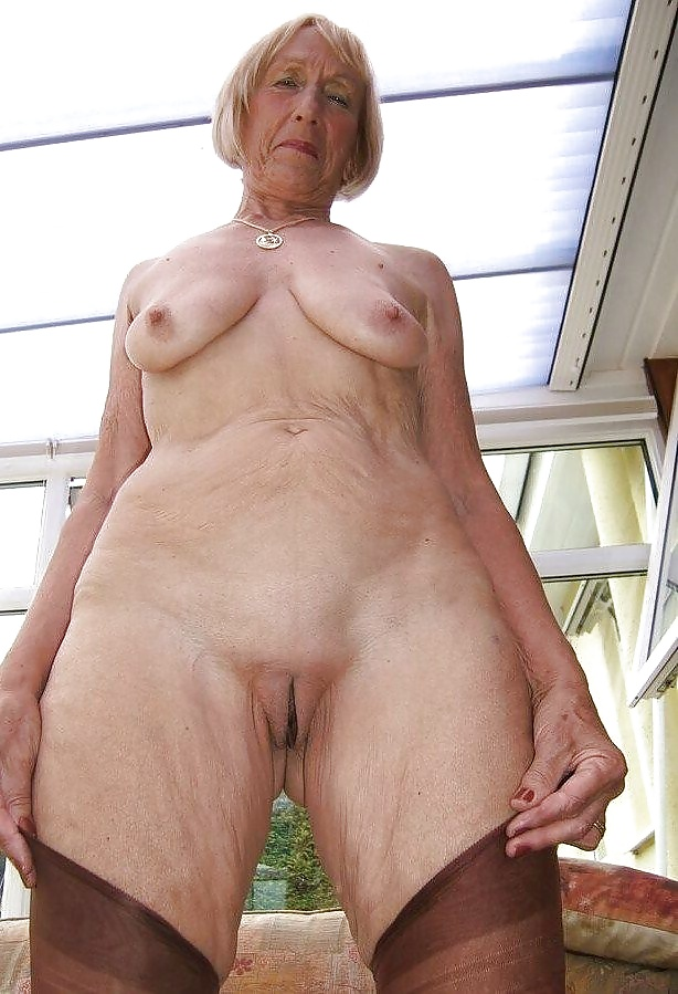 son cums deep in real moms throat