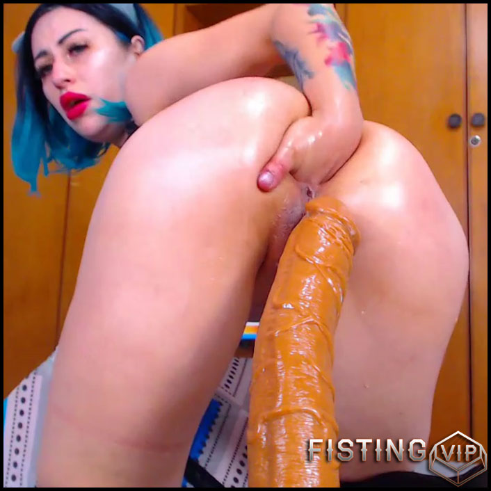 video of a very pretty girl exercising porn